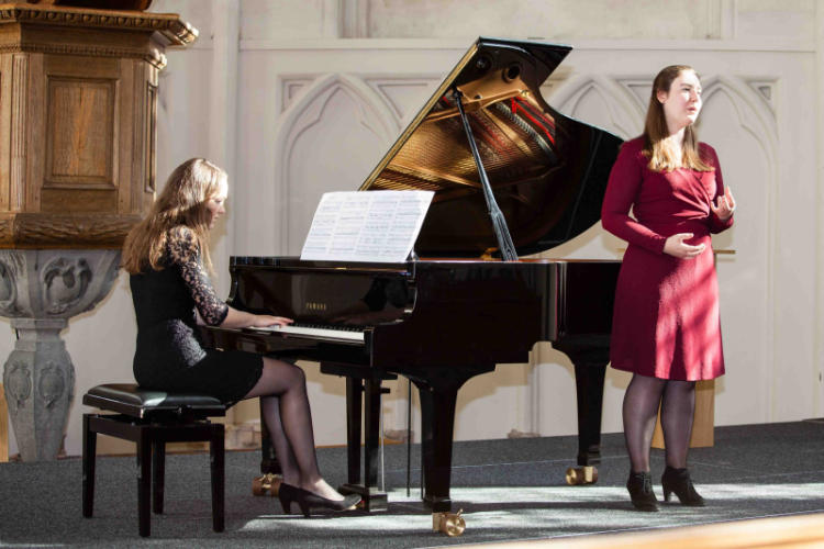 Duo for a while - Manon Berendschot (piano), Hanna de Bruin (zang)